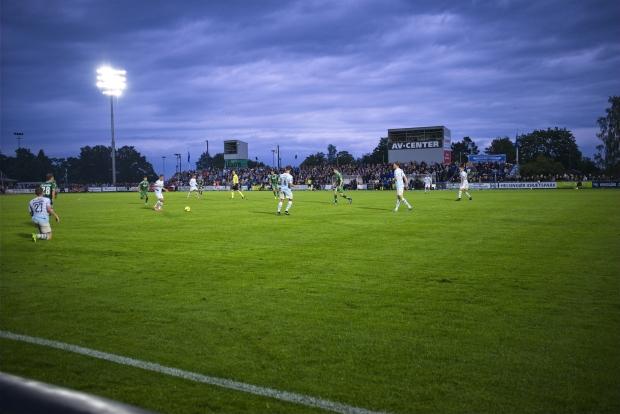 Skandinaviens første Superliga LED anlæg